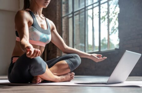 How yoga can help you decrease stress and anxiety