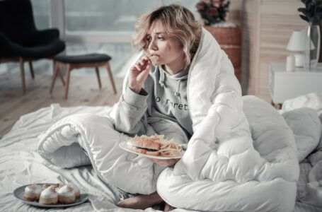 Top 4 tips for dealing with stress eating